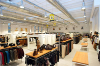 Factory outlet milano outlet for Outlet tessuti arredamento milano